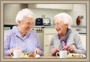 vor-und-nachteile-einer-senioren-wg