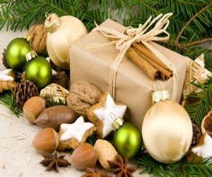 Die Klassiker Zu Weihnachten Sind Wohl Die Wunderschönen Adventsgestecke.  Diese Zieren Nicht Nur Den Wohnzimmertisch Sondern Häufig Auch Die Küche.