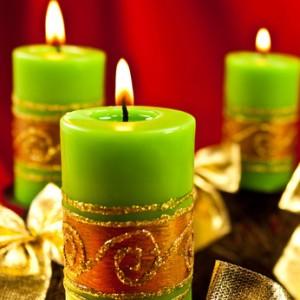 Adventskranz mit grünen Kerzen