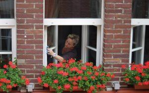 Relativ So hinterlassen Sie keine Streifen beim Fenster putzen | Wohnen.de JP31