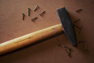 Der Hammer ist ein Handwerkzeug, welches in keinem Haushalt fehlen sollte.