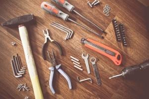 Handwerkzeuge: Werkzeuge für Heimwerker - Was braucht man? Worauf achten?