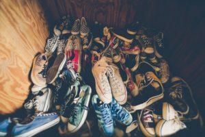Konmari-Methode - Aufräumen nach Marie Kondo nach Kategorien wie Schuhen
