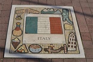 Mosaike ergänzen den italienischen Stil der Wohnraumgestaltung optimal.