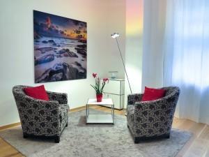 Fernsehloses Wohnzimmer für mehr Kommunikation.
