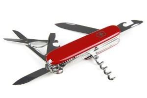 Multifunktionelles Taschenmesser für den Werkzeugkoffer.