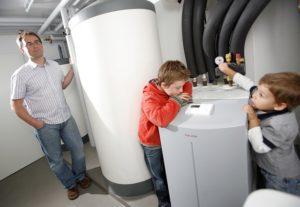 Die Wärmepumpe kann auch zur Abkühlung der Wohnung genutzt werden.