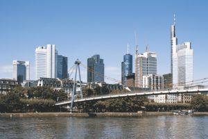 Deutschland: Wohnen in der Großstadt - worauf kommt es an, wenn man in Städten wie Frankfurt wohnen und leben will?
