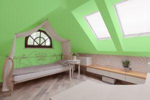 Grün gehört zu den angesagten Farben 2019 bei der Wohnraumgestaltung.